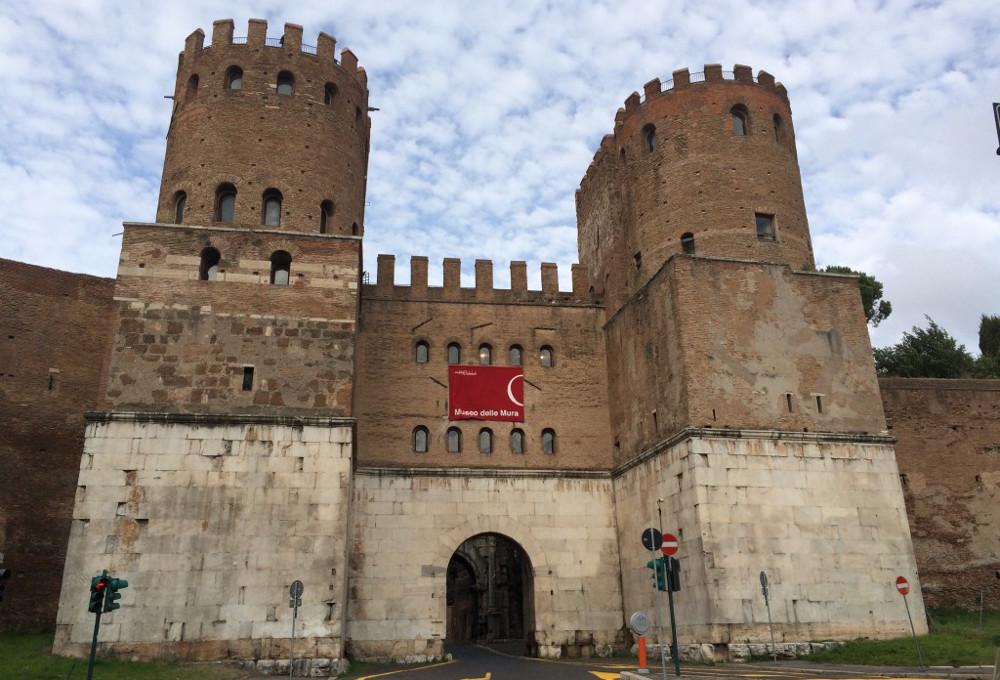 Corrado Augias e la bellezza di Roma mura aureliane